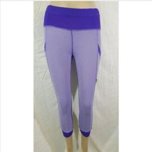 Lululemon Run For Fun Crop sz 2 Purple Wee Stripe